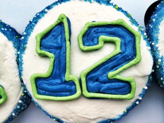 12th Man Cupcake